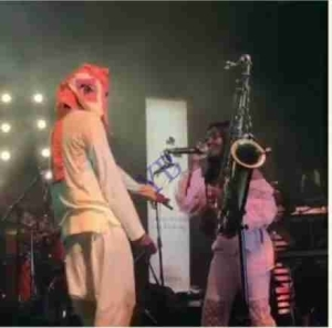 """Songstress Simi Gushes Over The """"Time of Her Life"""" Spent With Lagbaja"""